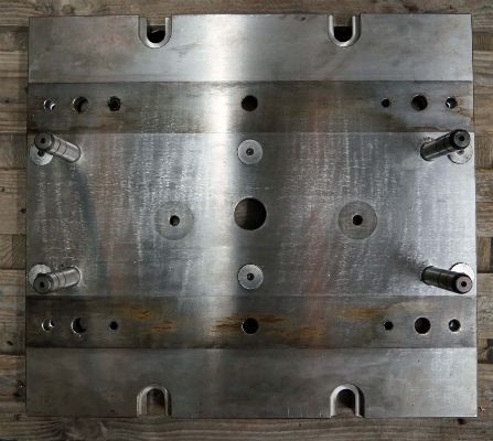Machine bed plate milling and drilling