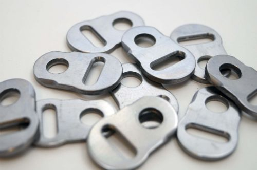 CNC machined plates and lugs
